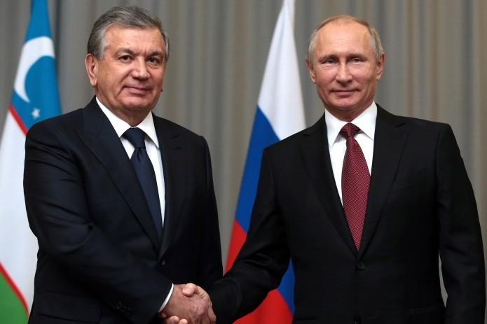 Путин обсудил с Шавкатом Мирзиёевым ситуацию в Афганистане