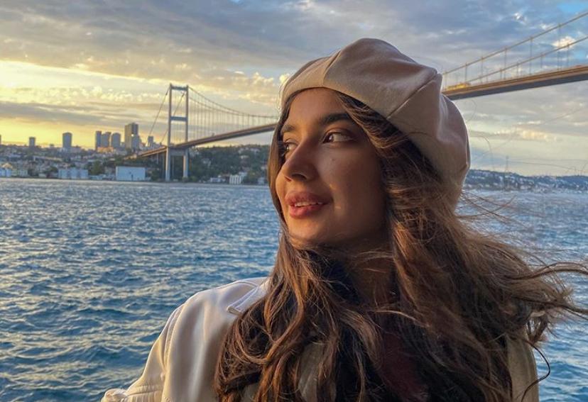 Узбекская блогерка примет участие в конкурсе красотыMiss Aura International 2020