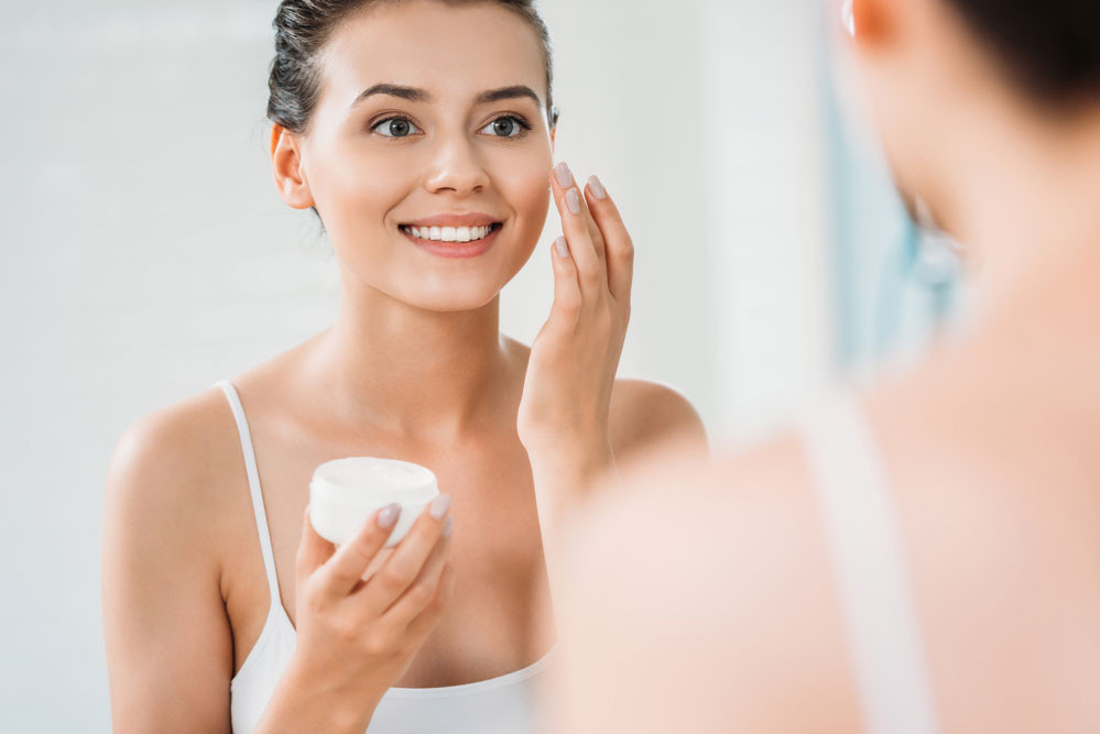 Узбекский косметолог рассказала, зачем нужен тоник для лица и как правильно им пользоваться