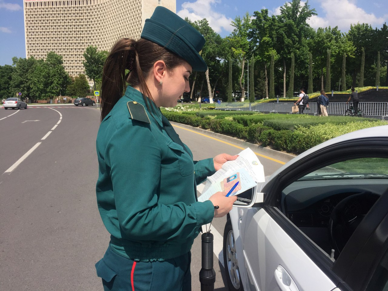 работа для девушки в узбекистане